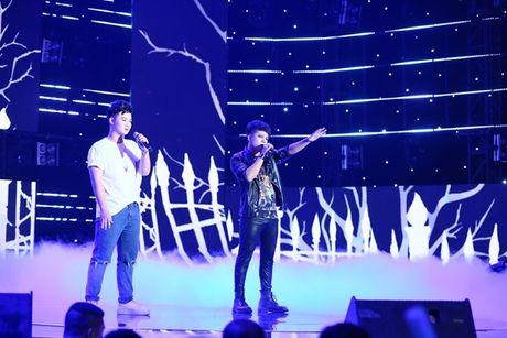 Hanh dong bat ngo cua thi sinh 'Tuyet dinh song ca' khien Mr Dam bat khoc - Anh 14