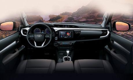 Toyota Viet Nam cong bo gia Hilux 2016 tu 697 trieu dong - Anh 2