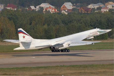 Nhung vu khi Nga khien phuong Tay phai de chung - Anh 7
