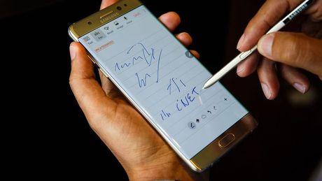 Su co Galaxy Note 7 se tac dong truc tiep den kim ngach xuat khau - Anh 1