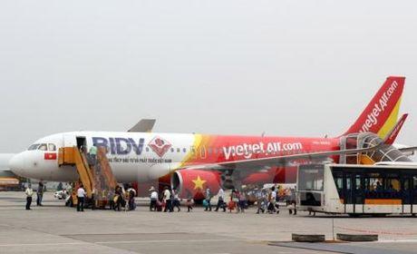 Vietjet Air khai truong duong bay Hue - Ha Noi - Anh 1