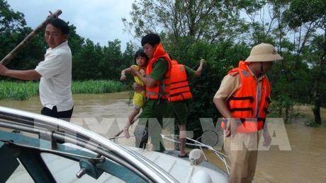 Quang Tri: Hang nghin ho dan bi ngap lut - Anh 3