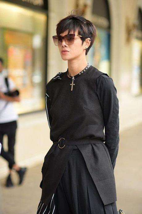 Ha Kino, Thythu Nguyen cung 500 anh em da co mat tai Ha Noi cho 'ngay hoi street style' - Anh 1