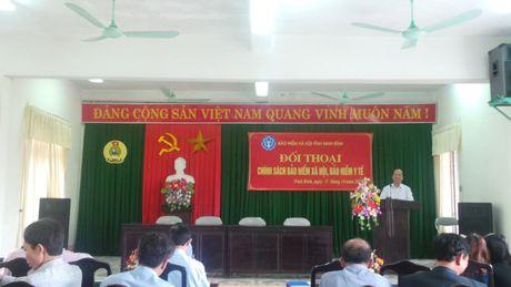 LDLD tinh Ninh Binh: To chuc doi thoai ve chinh sach BHXH, BHYT - Anh 1