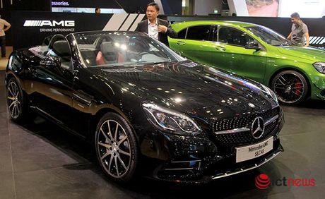 Mercedes-AMG SLC 43 chot gia hon 3,6 ty dong tai Viet Nam - Anh 1