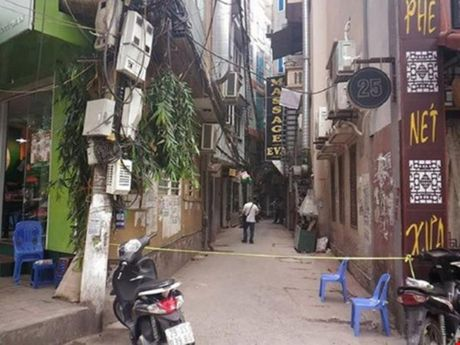 3 nghi can ban chet nhan vien nha nghi bi bat - Anh 1