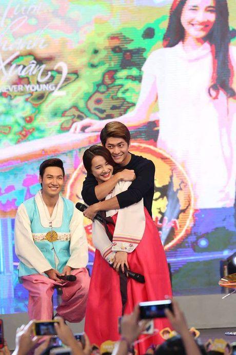 Kang Tae Oh tiet lo so lan hon Nha Phuong tren truyen hinh - Anh 11