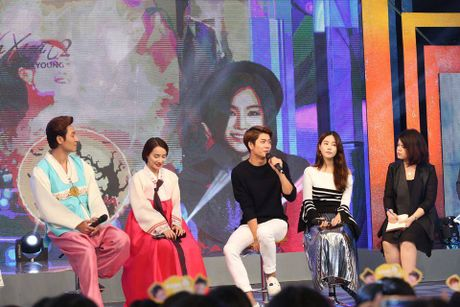 Kang Tae Oh tiet lo so lan hon Nha Phuong tren truyen hinh - Anh 13