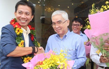 Chu tich VFF phat ngon soc ve U19 Viet Nam - Anh 1