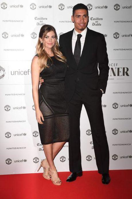 Schweinsteiger lich lam ben Mourinho trong tiec tu thien cua Man United - Anh 6