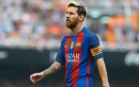 Top 10 cau thu huong luong cao nhat the gioi: Ronaldo va Messi dan dau - Anh 11