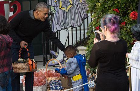 Hinh anh Halloween cuoi cung cua Tong thong Obama o Nha Trang - Anh 5