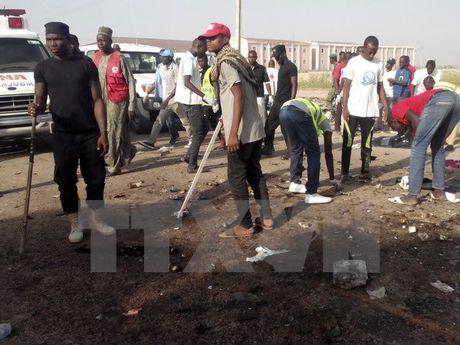 Nigeria giai cuu gan 40 phu nu va tre em khoi tay Boko Haram - Anh 1