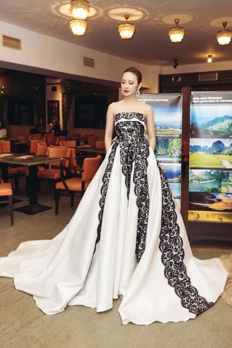 Nhung bo canh 'rung dong' tham do cua Angela Phuong Trinh - Anh 6
