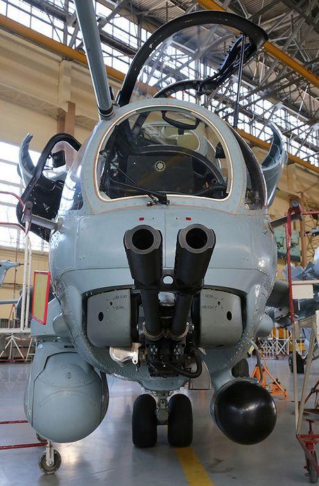 Dieu bat ngo trong noi de 'tho san dem' Mi-28N Nga - Anh 13