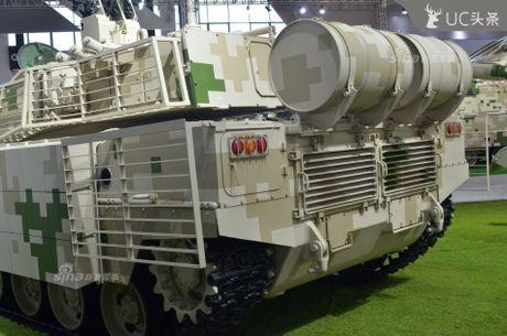 Nguy hiem chet nguoi xe tang hang nhe VT-5 cua Trung Quoc - Anh 6