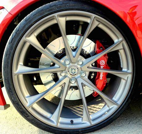 Ford Mustang GT 'lot xac' sieu xe Ford GT hang khung - Anh 5