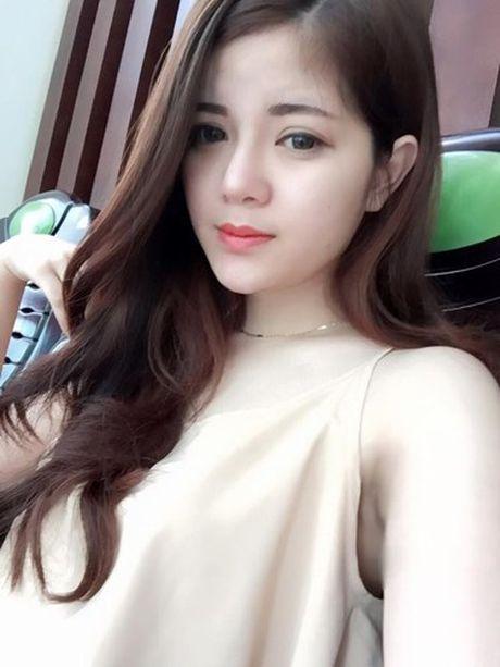 Them nhieu phien ban Ngoc Trinh gay sot mang Viet - Anh 8