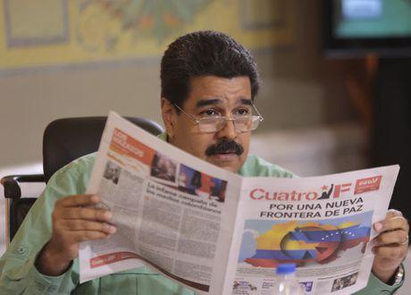 Chum anh Tong thong Venezuela giao luu voi cong chung - Anh 7