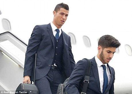 Real Madrid do bo Ba Lan, chuan bi cho tran dau khong khan gia - Anh 2