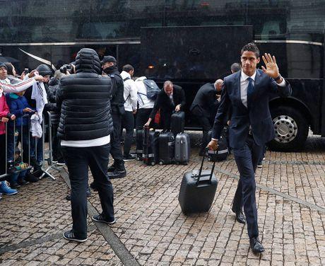 Real Madrid do bo Ba Lan, chuan bi cho tran dau khong khan gia - Anh 7