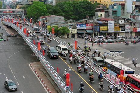 Ha Noi: Sap co them cay cau vuot nut giao thong duong An Duong - Thanh Nien - Anh 1