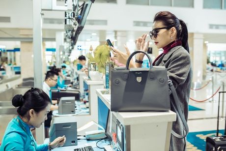 Thanh Hang pha cach voi kieu khan la - Anh 5