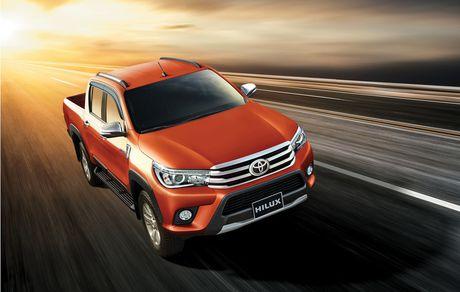 Phien ban the he thu 8 Toyota Hilux 2016 'trinh lang' tai Viet Nam - Anh 1