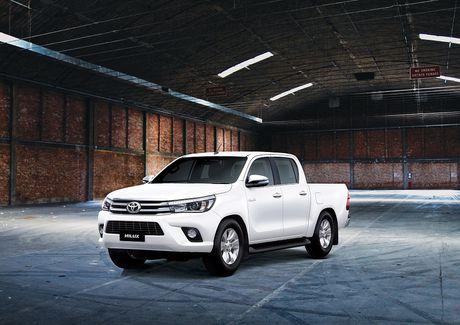 Phien ban the he thu 8 Toyota Hilux 2016 'trinh lang' tai Viet Nam - Anh 4