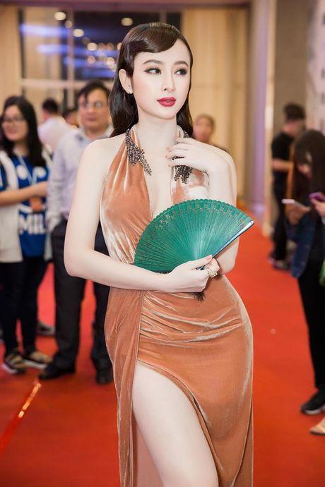 Angela Phuong Trinh dien dam xe tao bao, gay nao loan tham do lien hoan phim - Anh 5