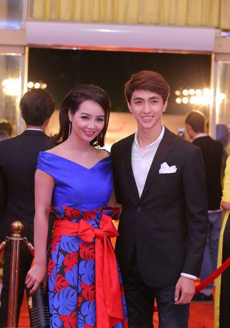 Sao Viet hoi tu tren tham do Lien hoan phim Quoc te Ha Noi - Anh 5