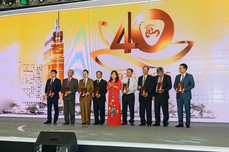 Vietcombank TP. Ho Chi Minh ky niem 40 nam thanh lap - Anh 1