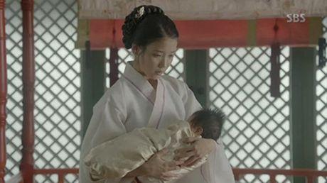 Nguoi tinh anh trang tap cuoi: IU qua doi, de lai con gai cho Lee Jun Ki - Anh 6