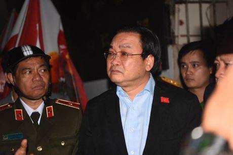 Chay lon o Tran Thai Tong: Thu truong Bo Cong an yeu cau lam ro vu viec - Anh 1