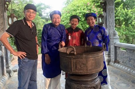 Nghe si Pham Bang qua doi: 'Bo Bang la nguoi hai huoc va than thien' - Anh 2