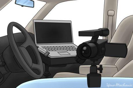 Cach phat hien xe bi gan dinh vi GPS? - Anh 1