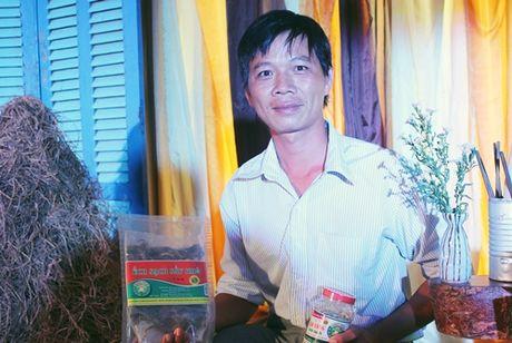 Chang nong dan mien Tay thu tram trieu moi thang tu dac san cha bong ech - Anh 1