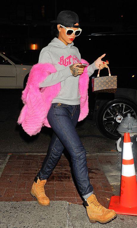 Rihanna chiu choi voi tui hieu 'doc' va dep - Anh 6