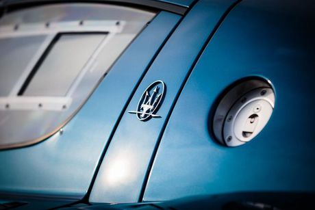 Xuat hien ban do cuc manh cua sieu xe Maserati MC12 VC - Anh 15