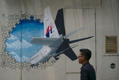 MH370 da lao xuong bien voi van toc gan 8000m/phut - Anh 1