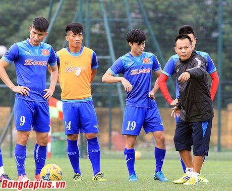 HLV Huu Thang lam hau ve, doi thung luoi 5 ban - Anh 2