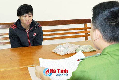 Loi dung chu nha di vang, 9X treo tuong trom 283 trieu dong - Anh 2