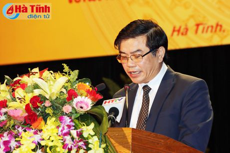 Trao tang Huan, Huy chuong nuoc CHDCND Lao cho can bo, chuyen gia tinh nguyen Viet Nam - Anh 1