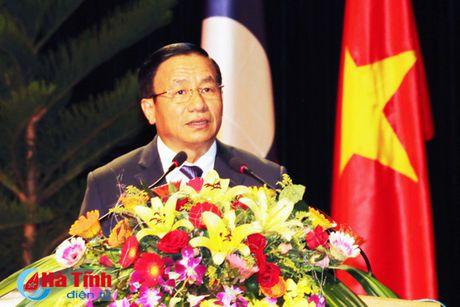 Trao tang Huan, Huy chuong nuoc CHDCND Lao cho can bo, chuyen gia tinh nguyen Viet Nam - Anh 4