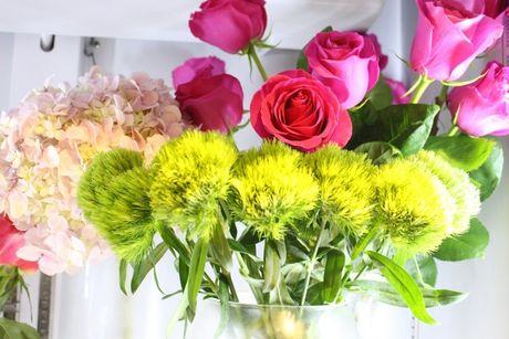 Ra mat shop hoa co thiet ke la mat Casablanca Flowers tai TP.HCM - Anh 8