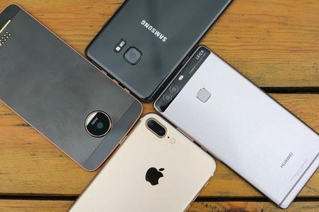 Sau khung hoang Note 7, Samsung van dan dau ve smartphone - Anh 1