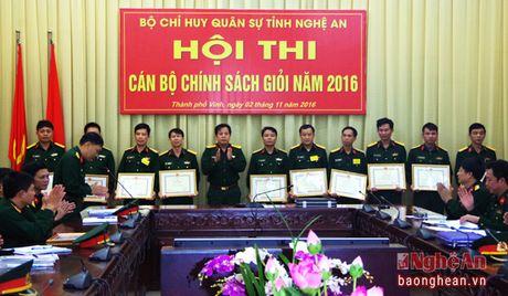 30 quan nhan tham gia Hoi thi Can bo chinh sach gioi - Anh 2