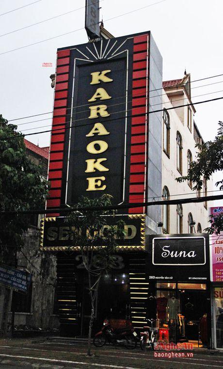 Karaoke o thanh pho Vinh: Kiem tra ra sai pham - Anh 4
