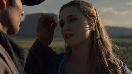 Tat tan tat ve co 'robot tinh duc' co ve dep hoan my trong the gioi Westworld - Anh 9