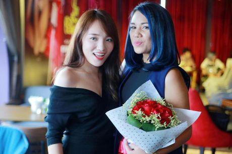 Quan quan Vietnam Idol Janice Phuong gioi thieu minishow dau tien tai Ha Noi - Anh 4